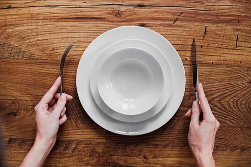 Der Unterschied zwischen Fasten und Hungern